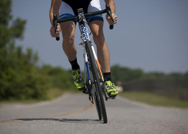 vitesse moyenne cyclisme