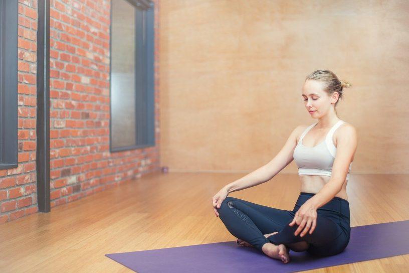postures-yoga-bien-dormir-soir