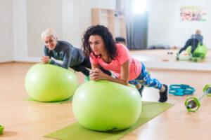 salle de sport fitness ballon